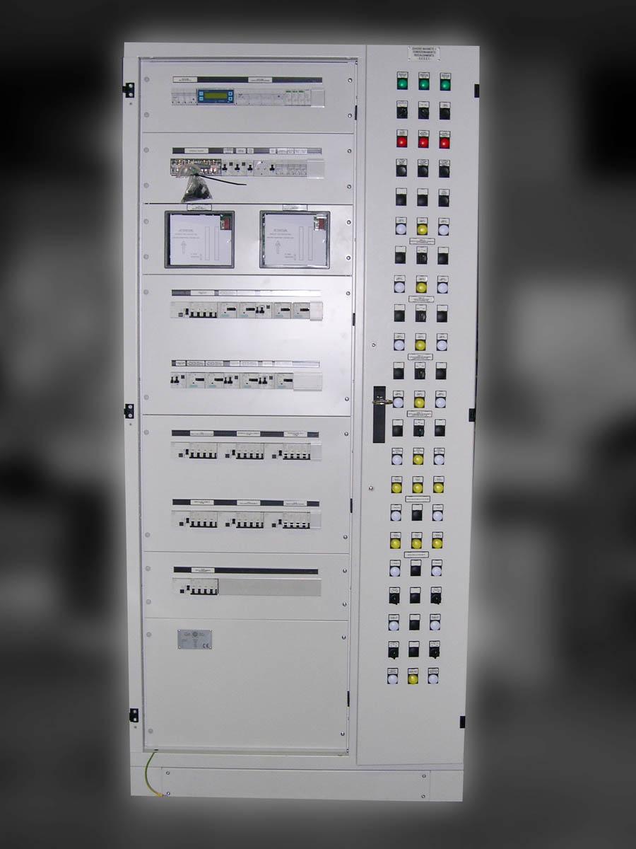 Schemi Elettrici Navi : Quadri elettrici per trasporti navale e aeronautica